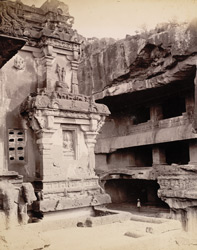 Side gallery, Kailas cave [Ellora]